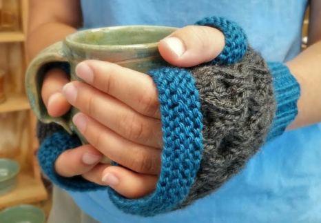 Honeycomb Stitch Fingerless Gloves
